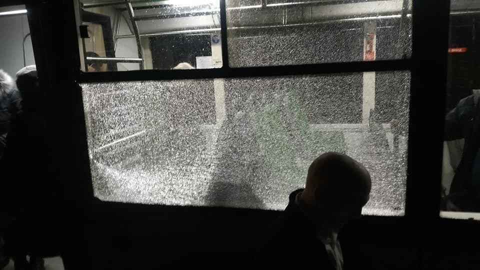 У сусідній області обстріляли автобус із пасажирами (ФОТО), фото-2
