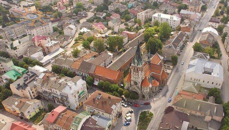 Домініканський костел на Тернопільщині - одна з найкрасивіших неоготичних споруд України (ФОТО), фото-1