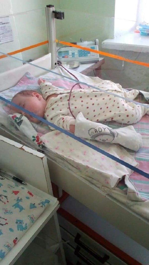 Потрібна операція: уродженка Тернопільщини просить врятувати сина (ФОТО), фото-1