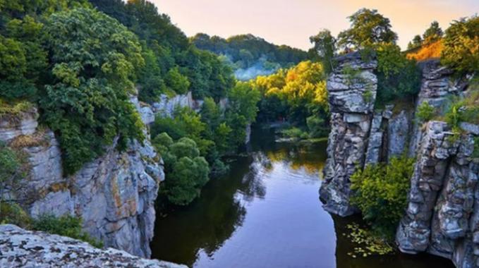 Куди поїхати, не перетинаючи кордон: дивовижні місця в Україні, які  захоплюють подих (ФОТО), фото-4