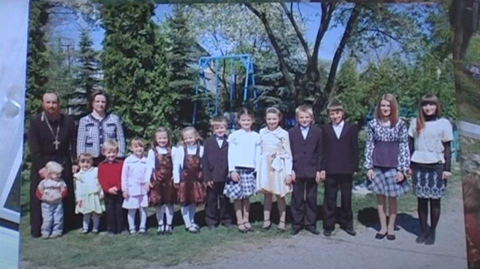 Родина з Тернопільщини, котра виховує 14 дітей, розповіла про сімейні цінності та уклад (ФОТО) , фото-1