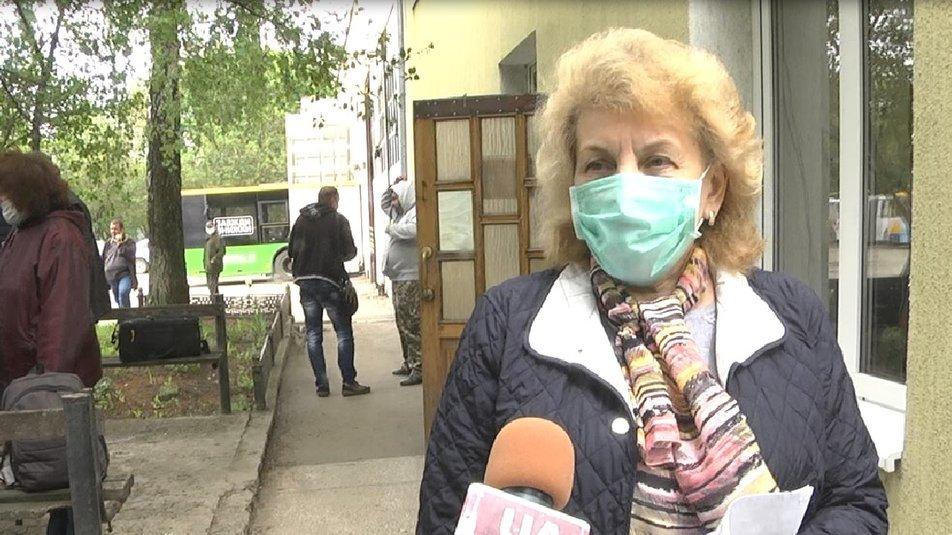 У Тернополі 126 водіїв тролейбусів і комунальних автобусів, кондукторів, диспетчерів й таксистів протестували на коронавірус  (ФОТО), фото-3