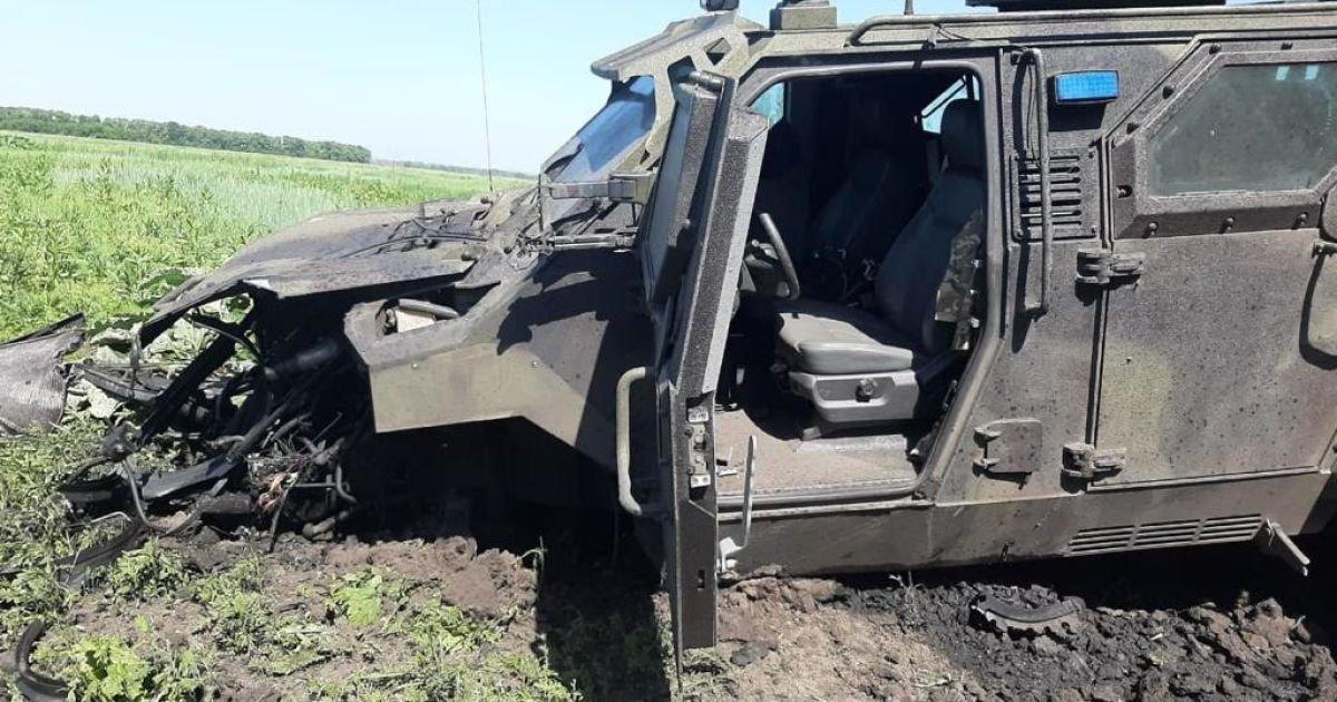 В Авдіївці підірвався автомобіль ЗСУ разом з військовими: багато травмованих (ФОТО), фото-1