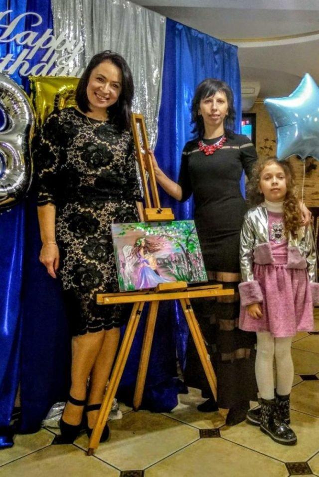 Художниця з Тернопільщини розписала вдома всі стіни (ВІДЕО), фото-4