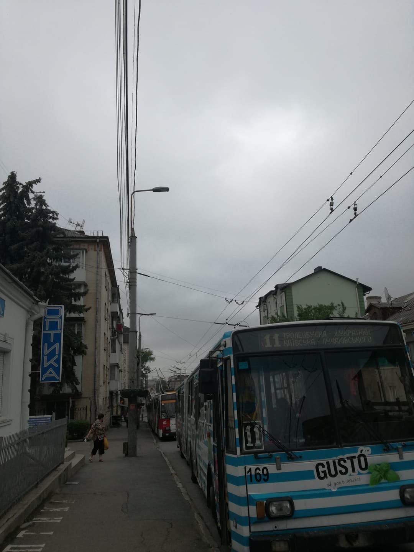 ДТП у Тернополі: утворився гігантський затор із тролейбусів (ФОТО), фото-7