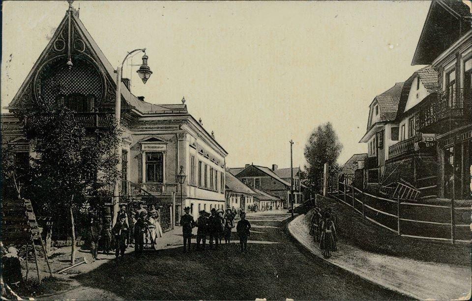 У мережі з'явилася унікальна світлина міста на Тернопільщині, якій понад 100 років (ФОТО), фото-1