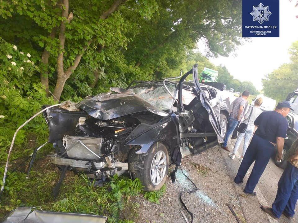 Жахлива ДТП на Тернопільщині: внаслідок аварії є загиблий, автомобіль - знищено (ФОТО), фото-1