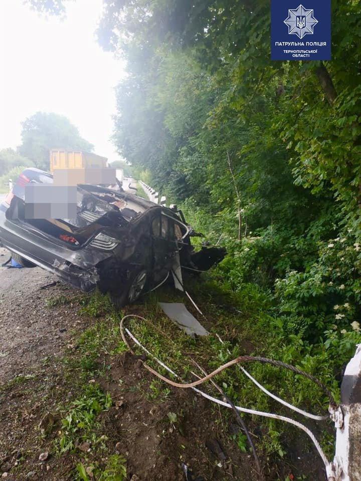 Жахлива ДТП на Тернопільщині: внаслідок аварії є загиблий, автомобіль - знищено (ФОТО), фото-2