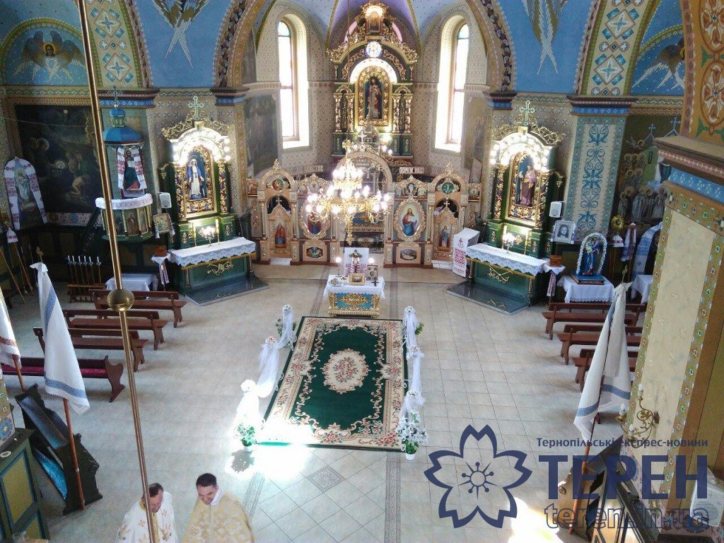 В селі на Тернопільщині громада власними силами відремонтувала понад столітню церкву (ФОТОРЕПОРТАЖ), фото-12