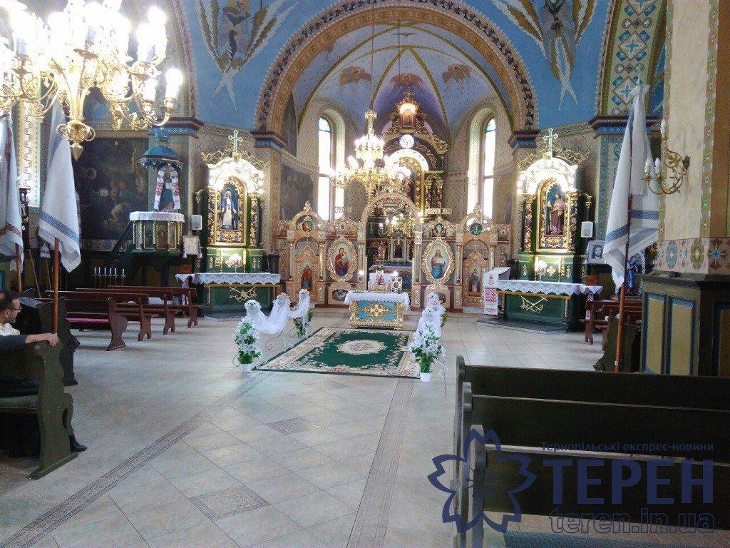В селі на Тернопільщині громада власними силами відремонтувала понад столітню церкву (ФОТОРЕПОРТАЖ), фото-11
