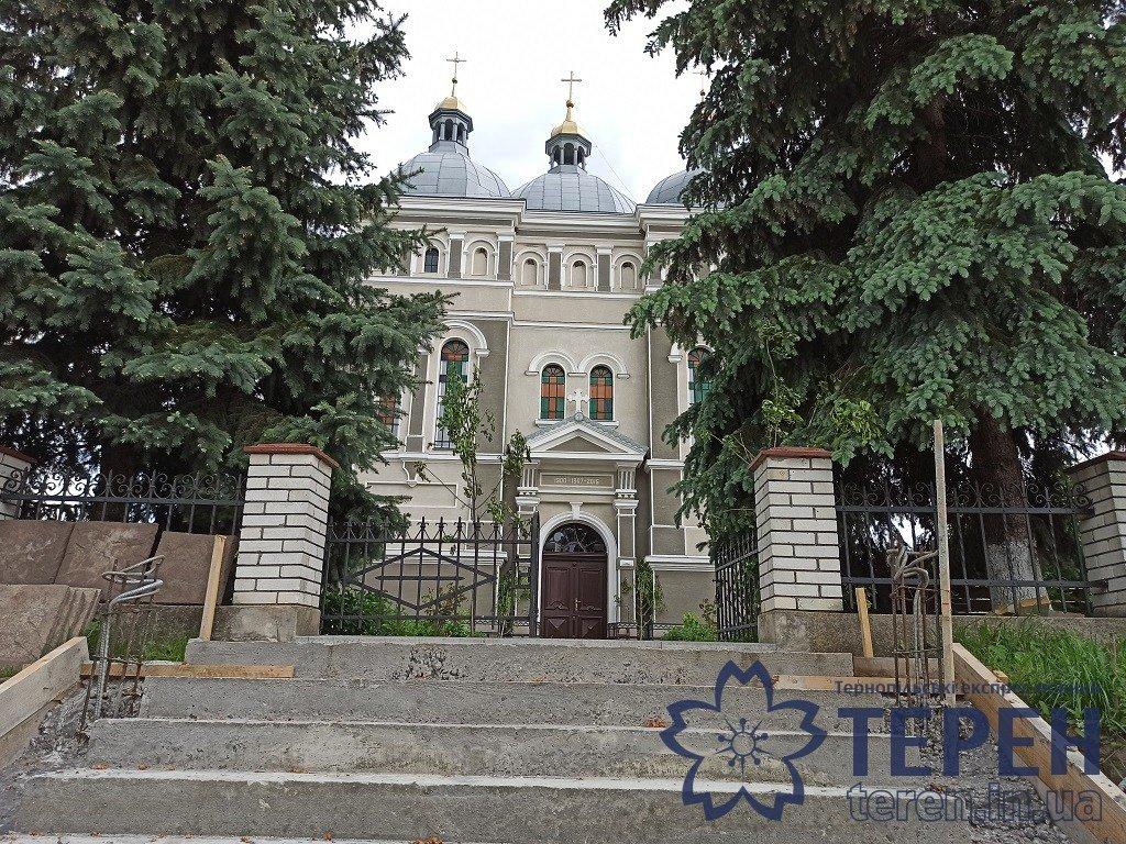 В селі на Тернопільщині громада власними силами відремонтувала понад столітню церкву (ФОТОРЕПОРТАЖ), фото-1