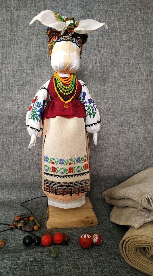 """Друге життя старого одягу: як прадавні традиції допомагають кременчанці творити """"новий тренд"""" (ФОТО), фото-5"""