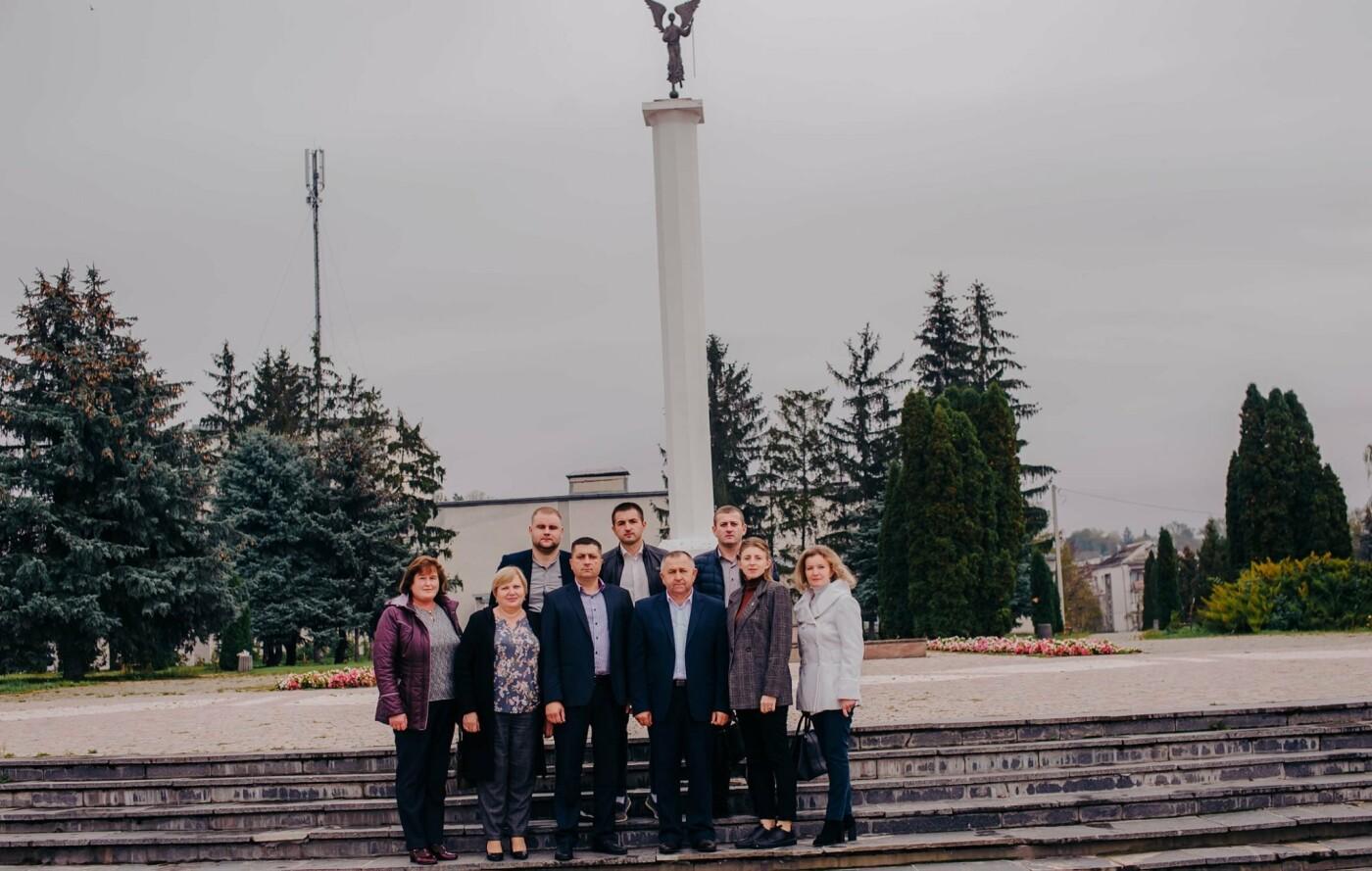 На  Гусятинщині «Довіра» представила своїх кандидатів до місцевих рад (фото), фото-2