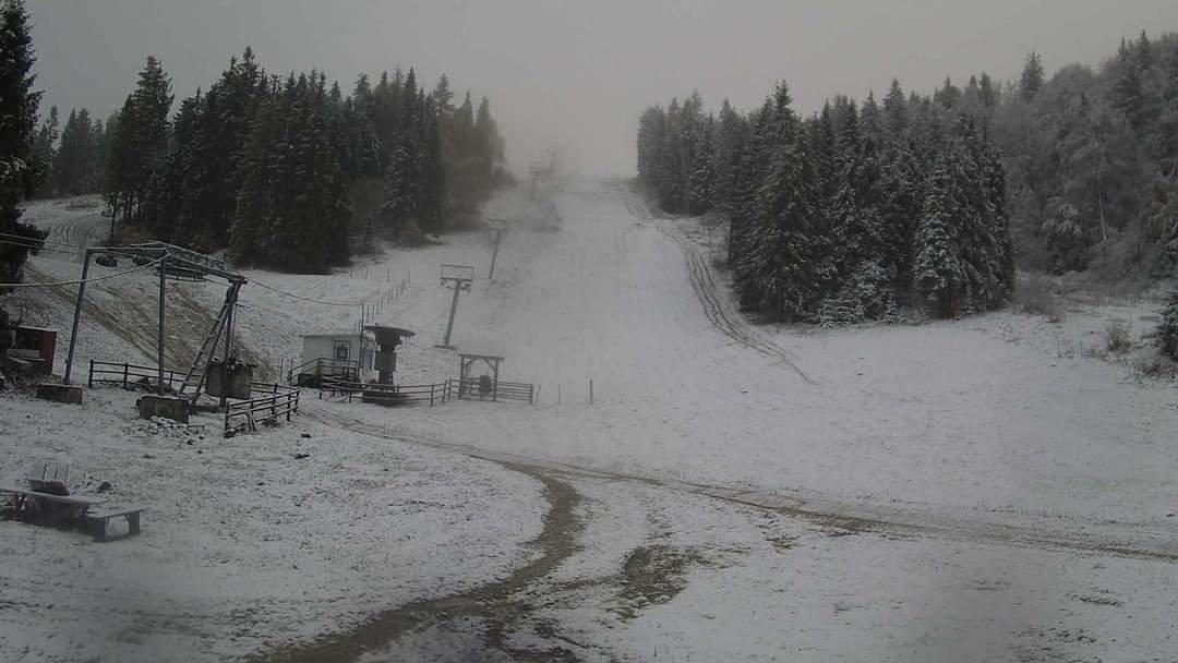 Зима близько: в Карпатах сьогодні мороз і сніг (ФОТО) , фото-4