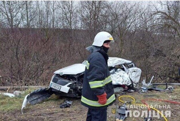 """""""Ангел-охоронець вберіг нас із сином"""": вагітна жінка дивом вижила у жахливій аварії біля Тернополя, її чоловік загинув, фото-1"""