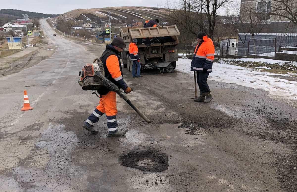 У ТОВ «БМбуд» розповіли про поточні роботи на дорогах Тернопільщини , фото-2