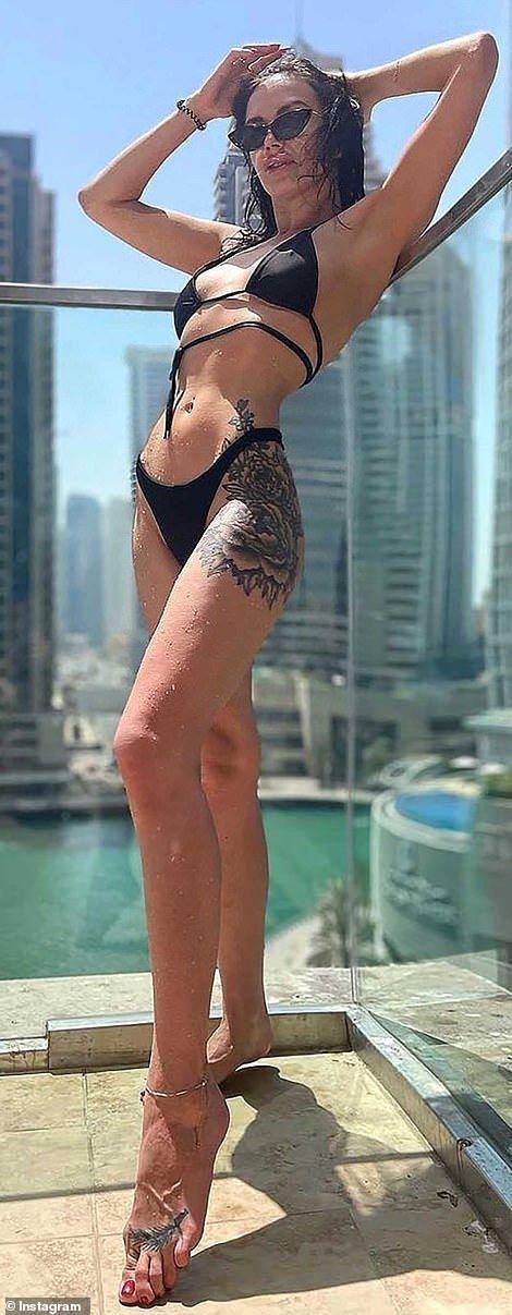 Скандальна фотосесія голяка в Дубаї: що відомо про затриманих українок (ФОТО, ВІДЕО), фото-4