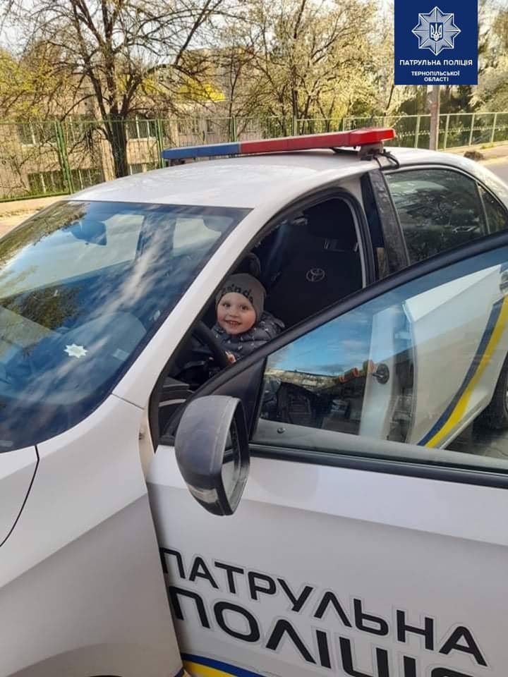 В Тернополі патрульні здійснили мрію хлопчика (ФОТО) , фото-3