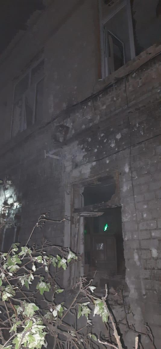 Окупанти обстріляли лікарню на Донеччині, у якій лікують хворих на COVID-19 (ФОТО), фото-4