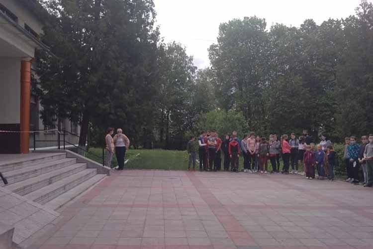 """""""Втік з в'язниці та хотів підірвати школу"""": на Тернопільщині восьмикласник виявився """"терористом"""" (ФОТО), фото-2"""