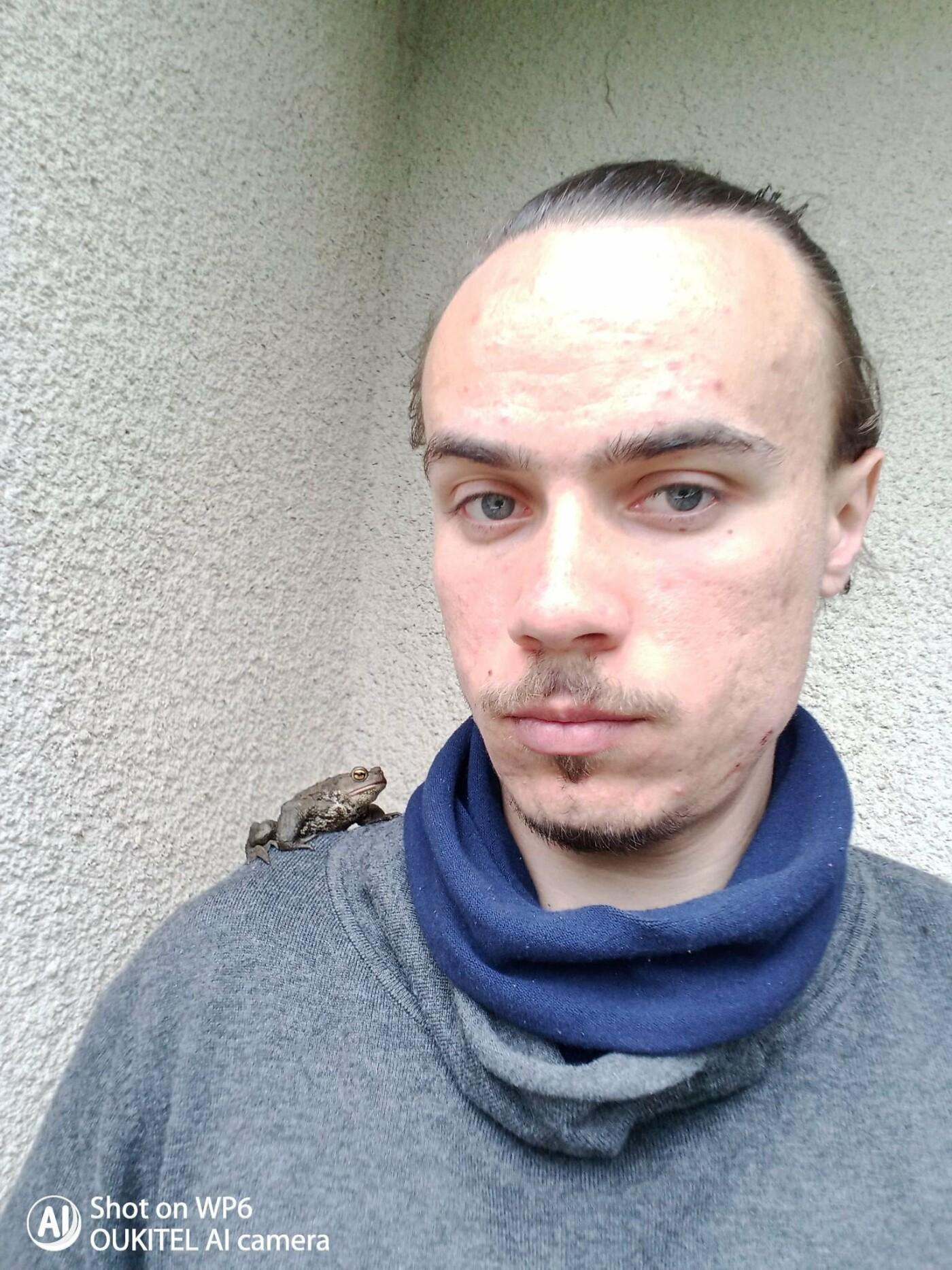 """""""Вони є абсолютно дикими"""": тернополянин живе у квартирі з жабами та тритонами (ФОТО), фото-1"""